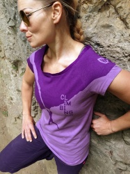 climbing-plus-woman-shirt-frontal